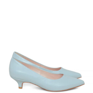 JESSICA - Błękitne czółenka na niskiej szpilce.Wykonane z licowej skóry naturalnej. Buty marki Gassu