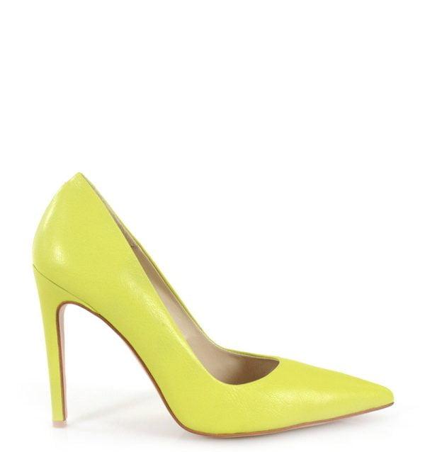 szpilki w kolorze limonkowym